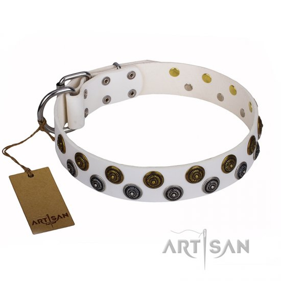 """Snowflake"" FDT Artisan White Leather Dog Collar with Two Rows of Circles"