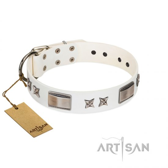 """Bling-Bling"" FDT Artisan White Leather dog Collar with Sparkling Stars and Plates"