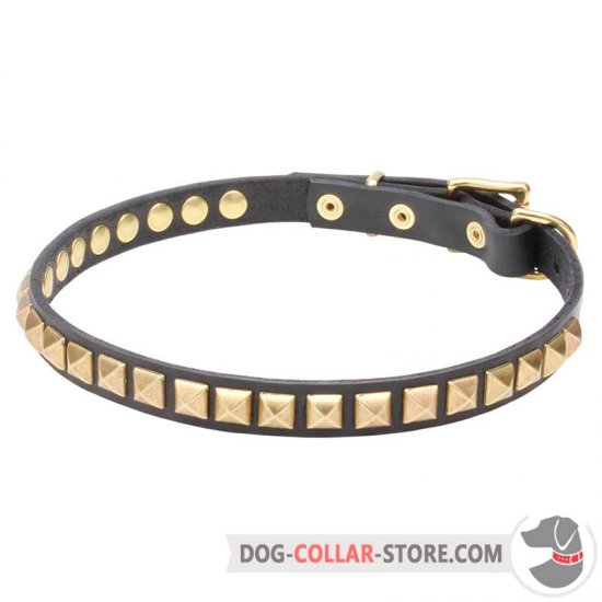 'Necklace-like' Dog Collar with Shining Pyramids