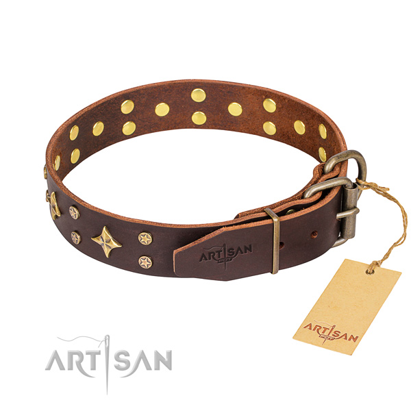 Handy use full grain leather collar with studs for your doggie