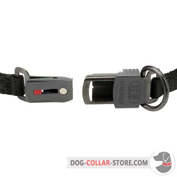 Strong buckle with protector of dog sport collar