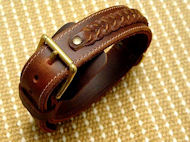 leather dog collar click here
