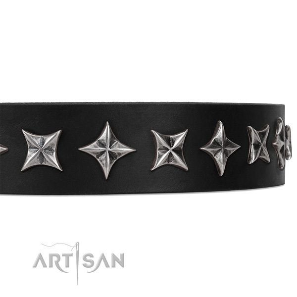 Daily use embellished dog collar of best quality leather