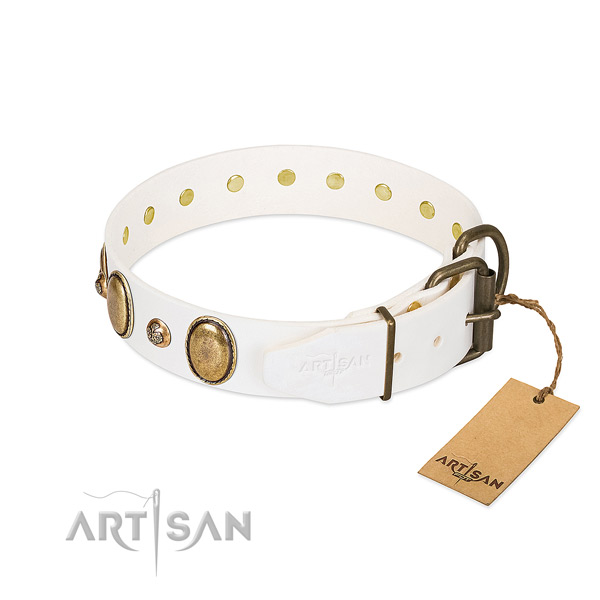 Handy use genuine leather dog collar