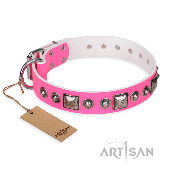 Full grain leather dog collar made of soft material with reliable buckle